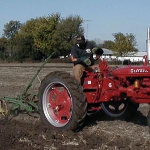 tractor-arando