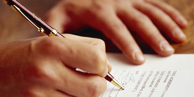 firmando-acuerdos